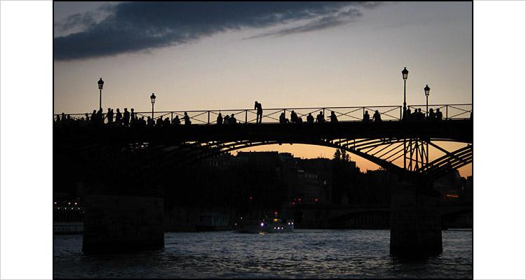 paris_bridge.jpg