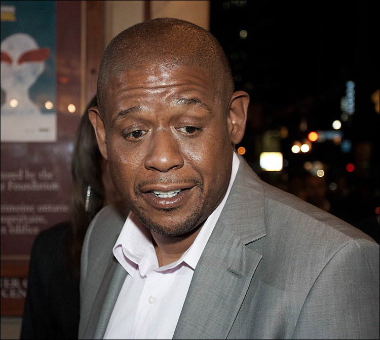 forest whitaker || canon350d/ef50f1.8 | 1/50s | f4 | M | iso400 | handheld