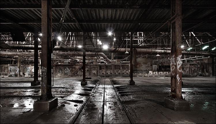 light in brickworks || canon350d/efs10-22@10 | 1s | f8 | ISO200 | tripod