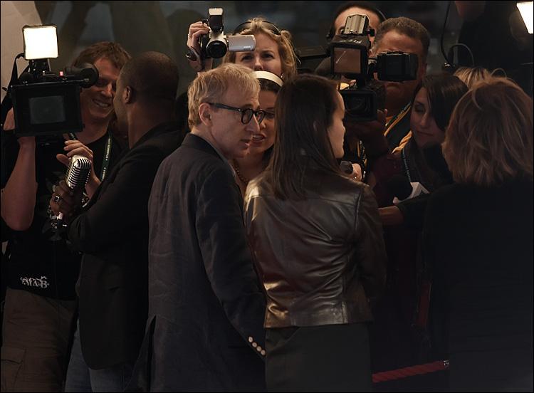 Woody Allen || Canon5D/EF70-200f4L@200 | 1/250s | f4 | ISO200 | Handheld