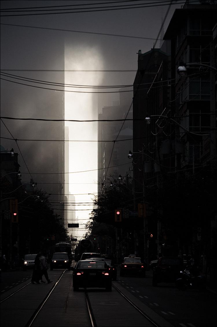 king fog || Canon5D/EF70-200f4L@176 | 1/400s | f7.1 | ISO100 | Handheld