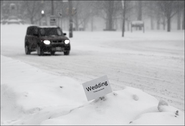 white wedding || Canon5D/EF100f2.8 | 1/80s | f4.5 | ISO160 | Handheld
