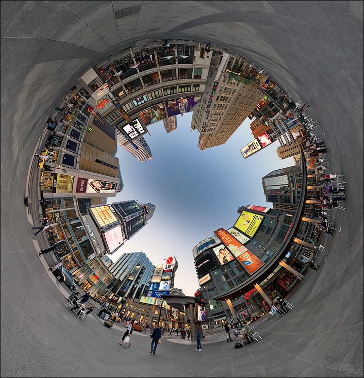 circular square || Canon5D/EF15f.28Fisheye | 1/30s | f5.6 | ISO100 | Tripod | NN3