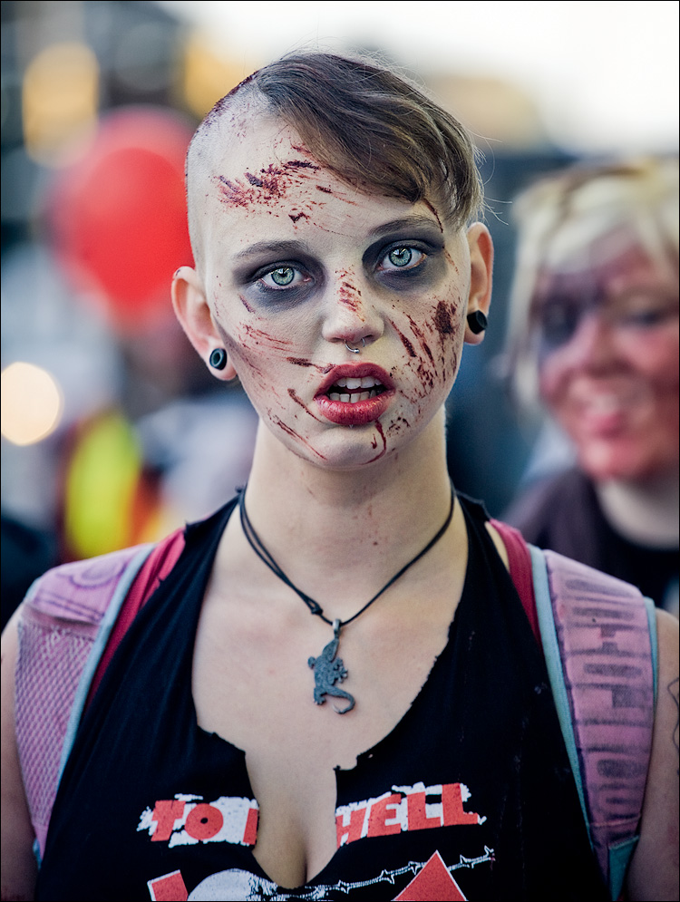 Toronto Zombie Walk 2008 || Canon5D/EF70-200Lf4