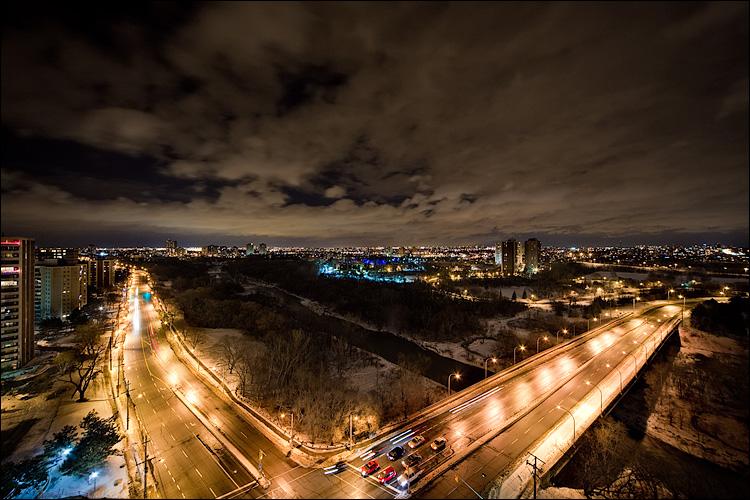 roads at night || Canon5DMkII/Sigma12-24@12 | 3s | f8 | ISO400