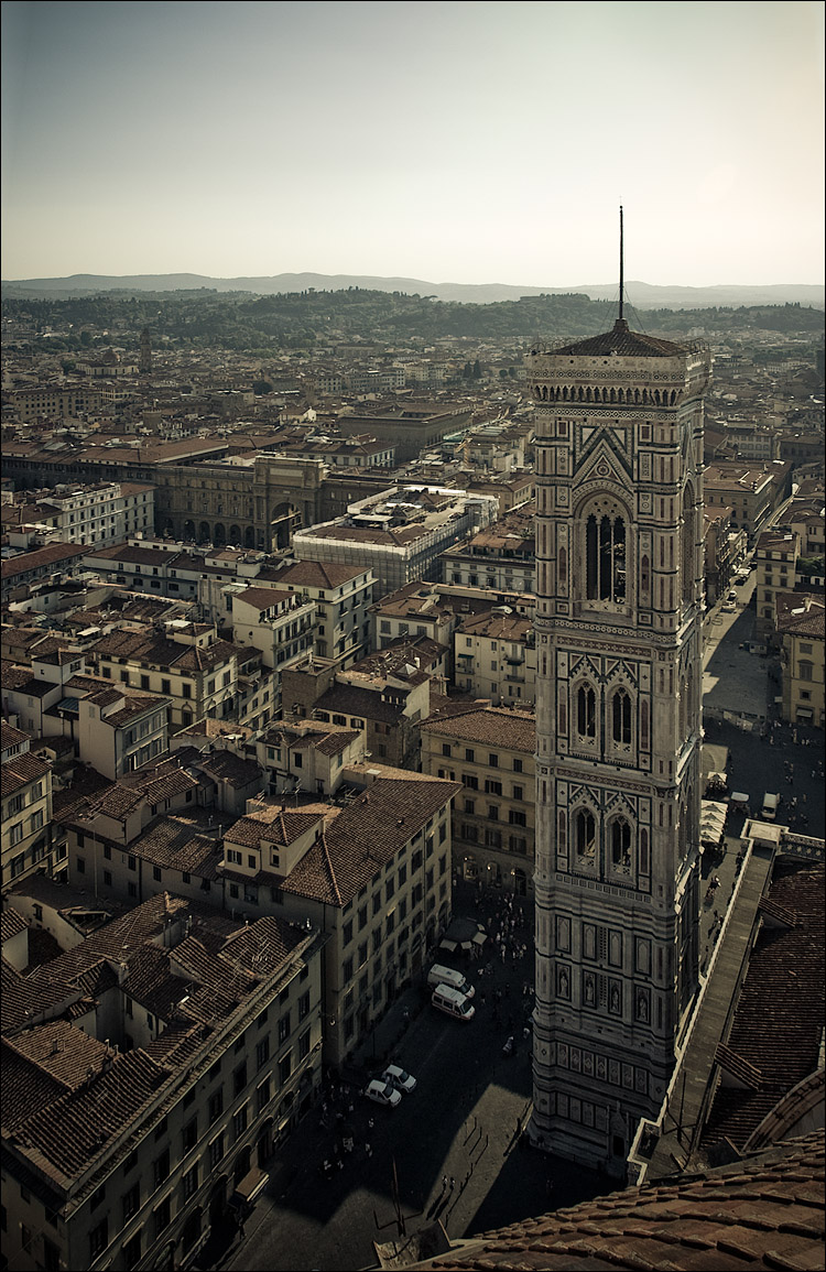 firenze || Canon350D/EF17-40L | 1/125s | f8 | ISO200 | Handheld