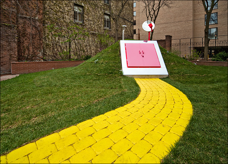 yellow  brick road to lost hatch || Canon5D2/Sigma12-24@17 | 1/40s | f11 | ISO400