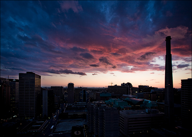 pink and blue clouds || canon5D/EF17-40L@17 | 1/30s | f4 | ISO200