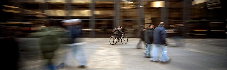 business biker || Canon5D2/Sigma12-24@12 | 1/5s | f5.6 | ISO100