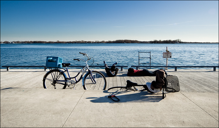 bikers by the water || Canon5D2/Sigma12-24@17 | 1/250s | f8 | ISO100