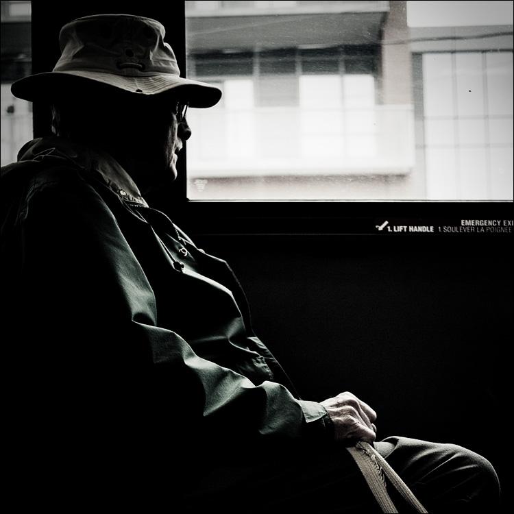 man on bus || PanasonicGF1/Pana20f1.7 | 1/200s | f1.7 | ISO100