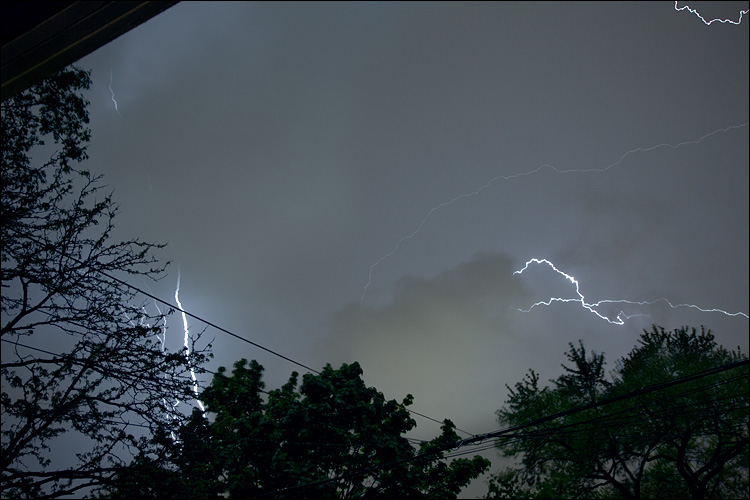 low lightning || Canon5D2/EF17-40 | 10s | f9 | ISO100