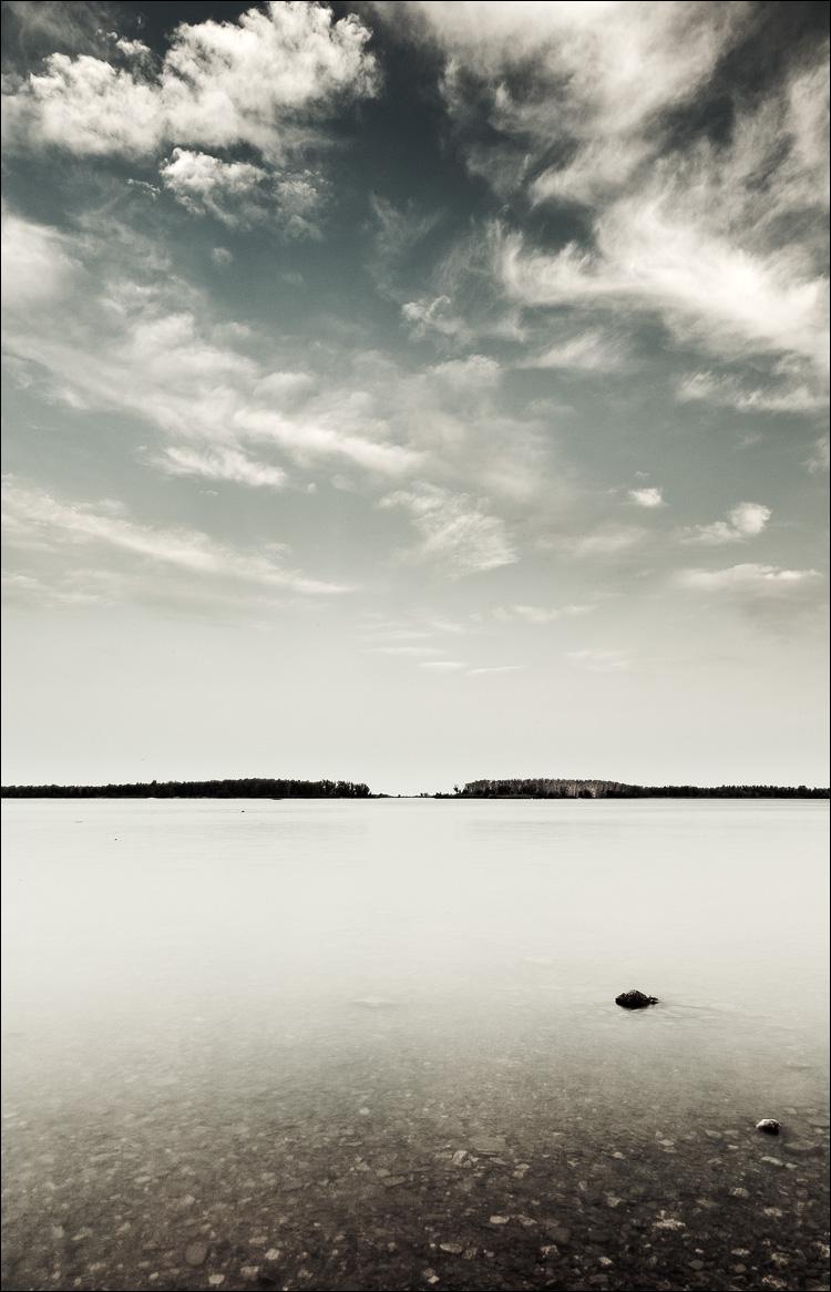calm || Canon5D2/EF24-105f4L@24 | 2s | f18 | ISO50