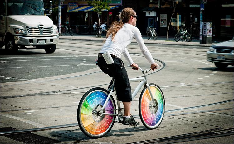colour wheels    Panasonic GF1/Vario14-140   1/200s   f5.6   ISO100