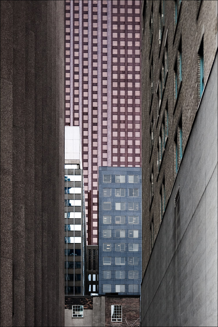 window collection || Panasonic GF1/Pana20f1.7 | 1/1000s | f1.8 | ISO100