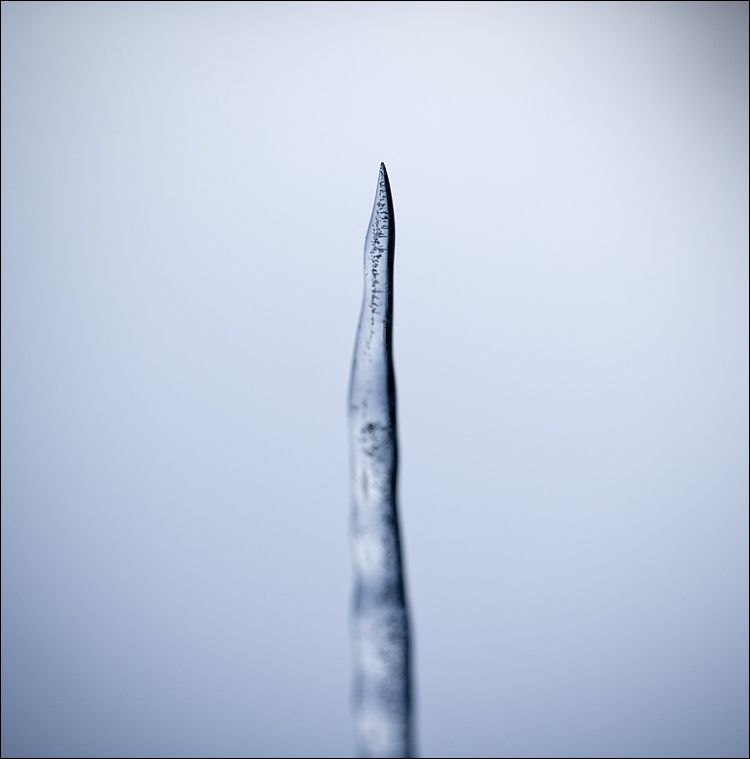 ice tip || Canon5D2/EF100f2.8L | 1/2000s | f2.8 | ISO100