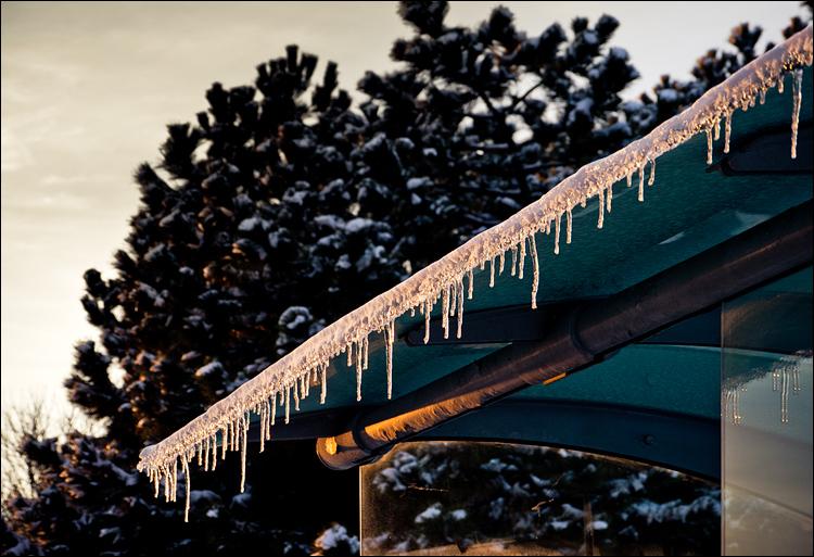 Frozen Stop || Panasonic GH2/Vario 14-140@48 | 1/100s | f5.5 | ISO250