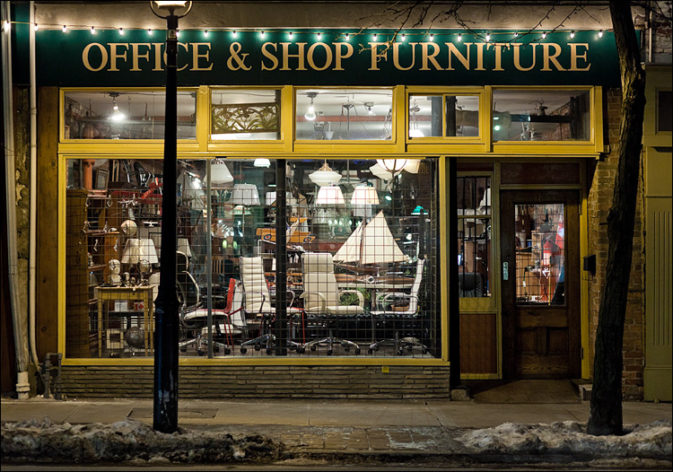Office and Shop Furniture || Canon 5D2/EF85mmf1.8 | 1/100s | f2.8 | ISO1600