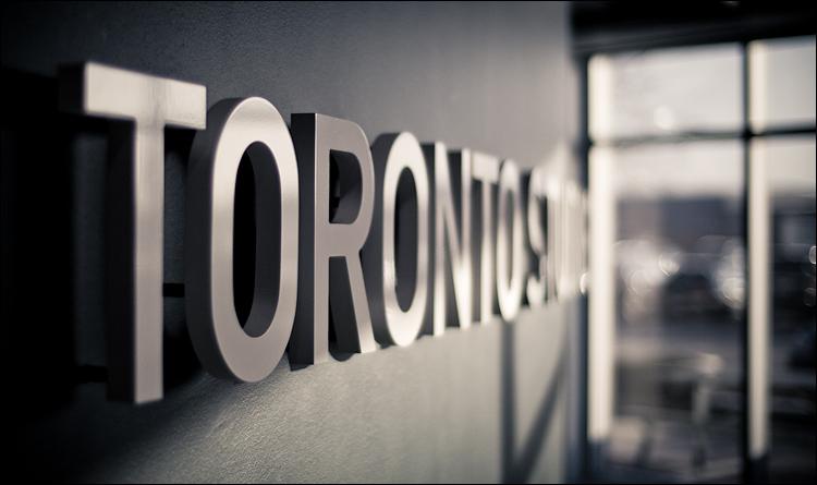 Toronto Studios || Panasonic GH2/Voigtlander 25mm f0.95 | 1/1250s | f0.95 | ISO160