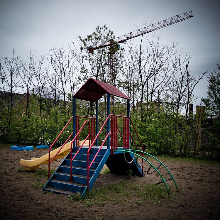 Playground || Panasonic GH2/Vario7-14@14 | 1/125s | f4 | ISO160