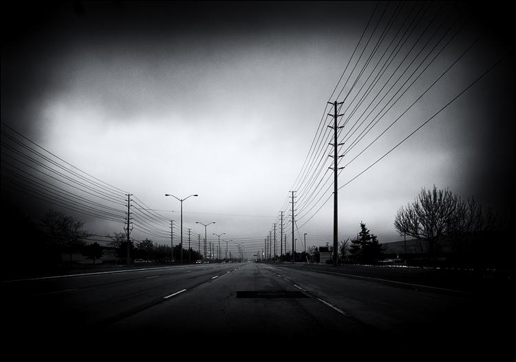 Road Lines || Panasonic GH2/Vario 7-14@14 | 1/250s | f6.3 | ISO160