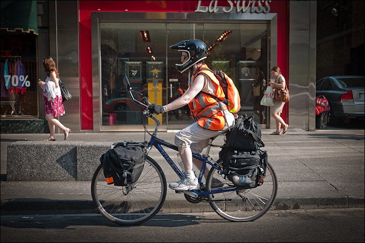 Safe Cyclist || Panasonic GF1/Lumic20f1.7 | 1/1250s | f2 | ISO100