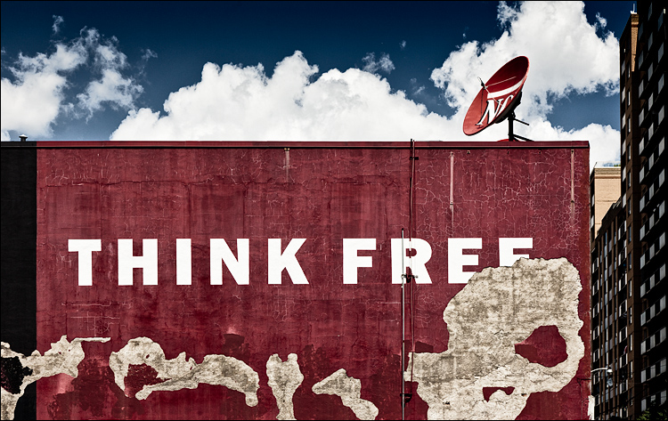 Think Free || Canon5D2/EF24-105f4L@60 | 1/1000s | f8 | ISO200