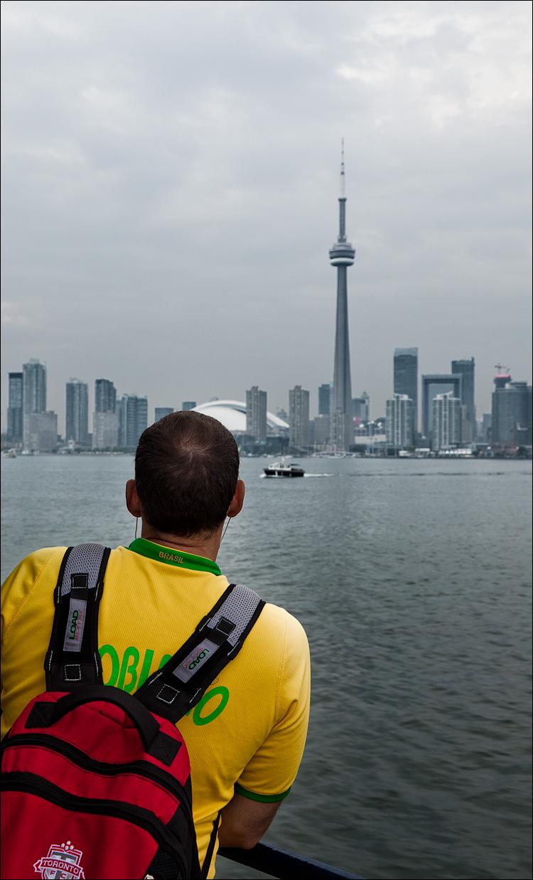 Brazilian in Toronto || Canon5D2/EF24-105f4L@35 | 1/30s | f8 | ISO200