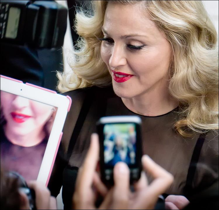 TIFF - Madonna || Panasonic GH2/Vario14-140@140 | 1/250s | f5.8 | ISO1250