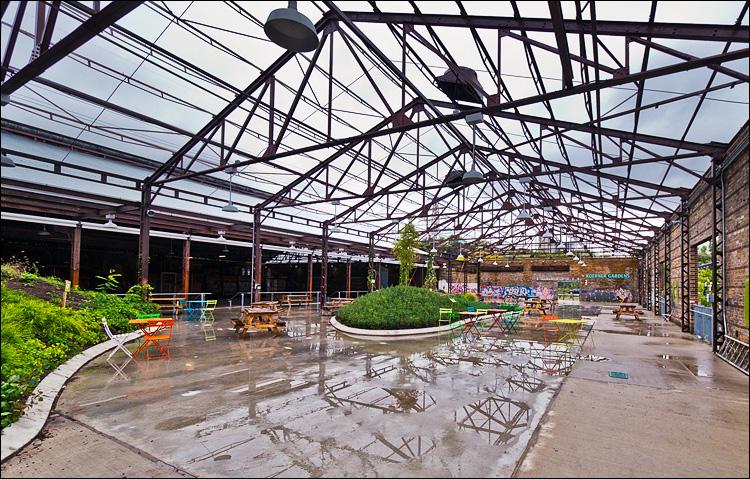 Koerner Gardens || Panasonic GH2/Vario7-14@7 | 1/125s | f6.3 | ISO160