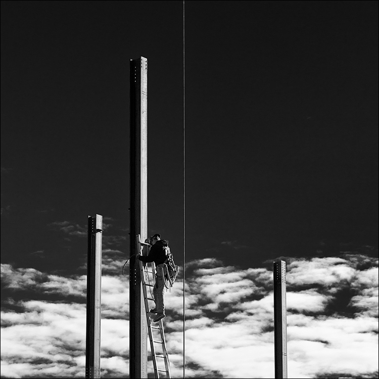 Cloud Climber || Canon5D2/EF24-105f4L | 1/500s | f8 | ISO100