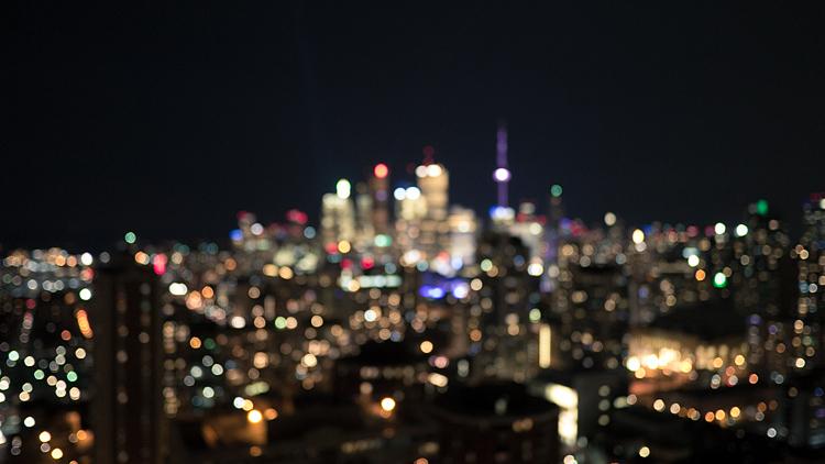 Blurry City || Panasonic GX1/Lumix 14f2.5 | 1/3s | f2.5 | ISO400
