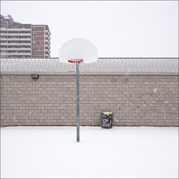 Garbage and Hoop || Panasonic GH2/Lumix14-140@14 | 1/125s | f5 | ISO160