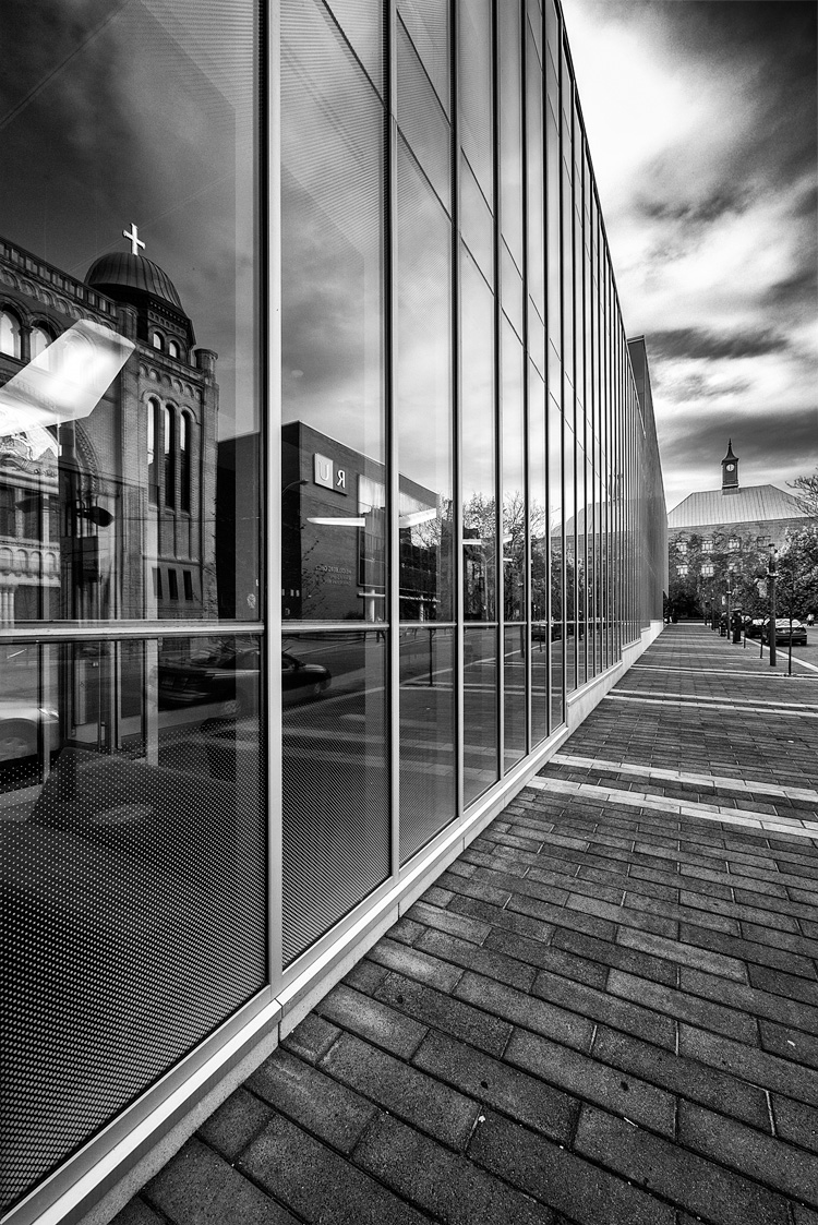 Lines and Reflections || Panasonic GX1/Lumix7-14@7 | 1/200s | f5.6 | ISO160