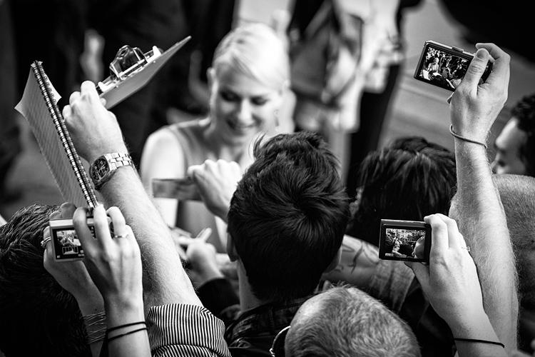 Naomi Watts || Panasonic GH2/Olympus45f1.8 | 1/320s | f1.8 | ISO160