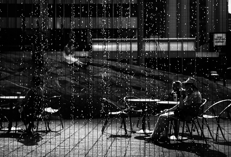 Summer in Black and White || Panasonic GX1/Lumix12-35@35 | 1/1250s | f2.8 | ISO160