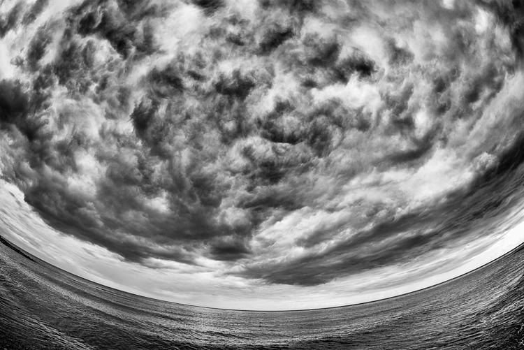 Curved Sky || Panasonic GX1/Rokinon7.5 Fisheye | 1/160s | f8 | ISO160