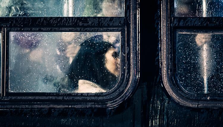 Rain Woman || Canon5D2/EF200L | 1/15s | f2.8 | ISO3200