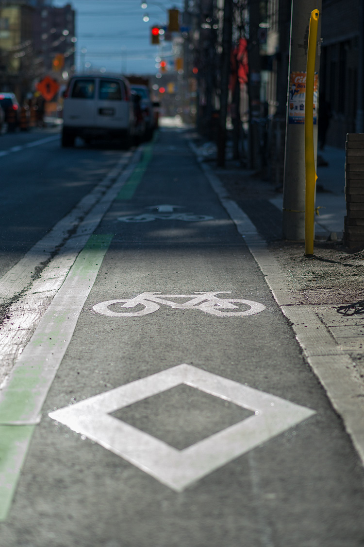 Bike Lane || Panasonic GH3/Olympus 75mm f1.8 | 1/4000s | f1.8 | ISO200
