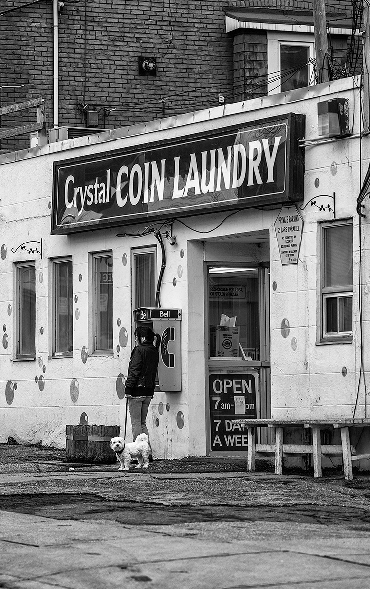 Phone and Laundry || Panasonic GH3/Olympus75 | 1/320s | f1.8 | ISO200