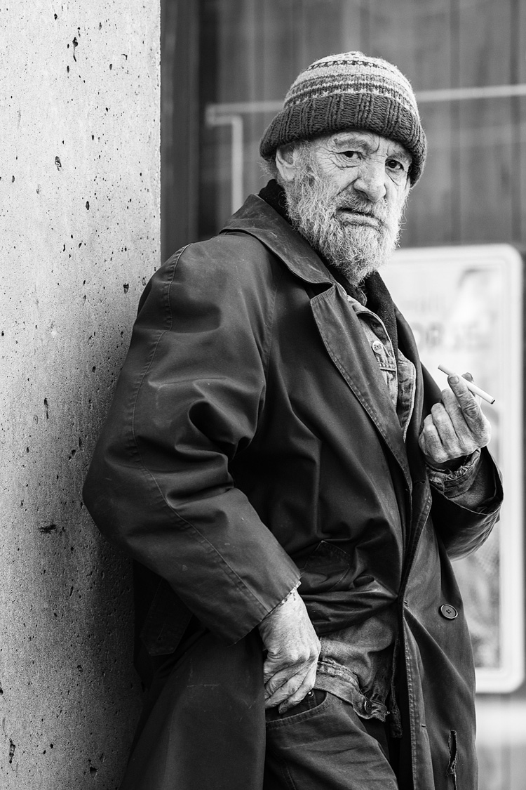 Man on Sherbourne || Panasonic GH3/Olympus75 | 1/400s | f2.5 | ISO200