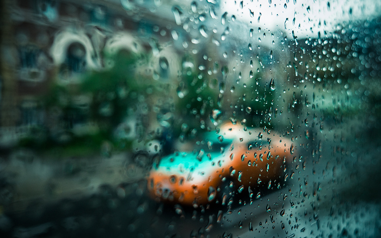 Cab and Rain || Panasonic GH3/Lumix12-35 | 1/160s | f2.8 | ISO200