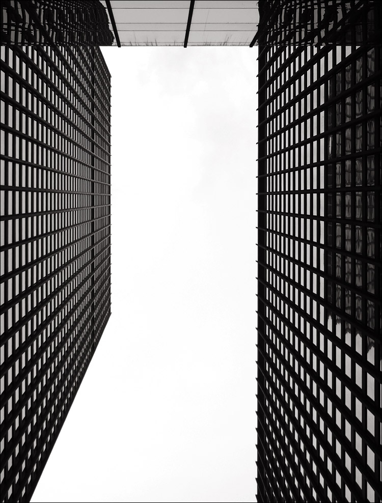 black towers || canon 300d/kit lens | 1/160s | f8 | ISO 100 | handheld