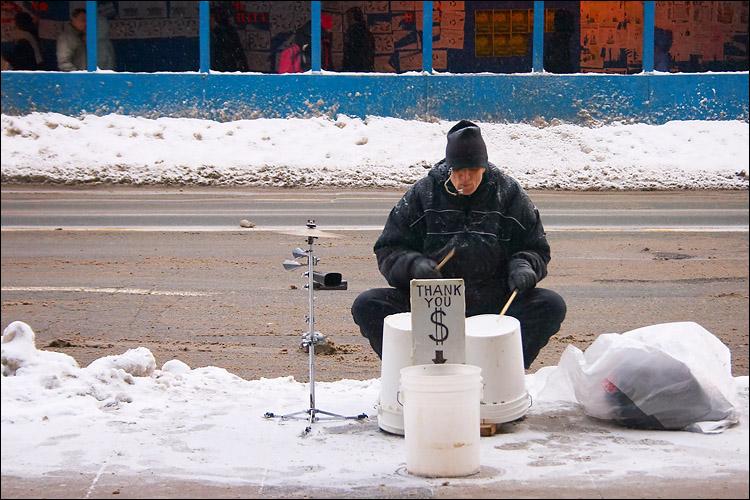 drummer in snow || canon 300d/kit lens | 1/60s | f7.1 | ISO 200