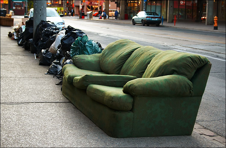 Green Couch | August 27, 2005