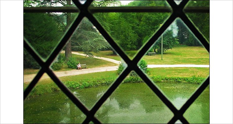 Azay le Rideau || canon G3 | 1/50s | F3.2 | ISO 50