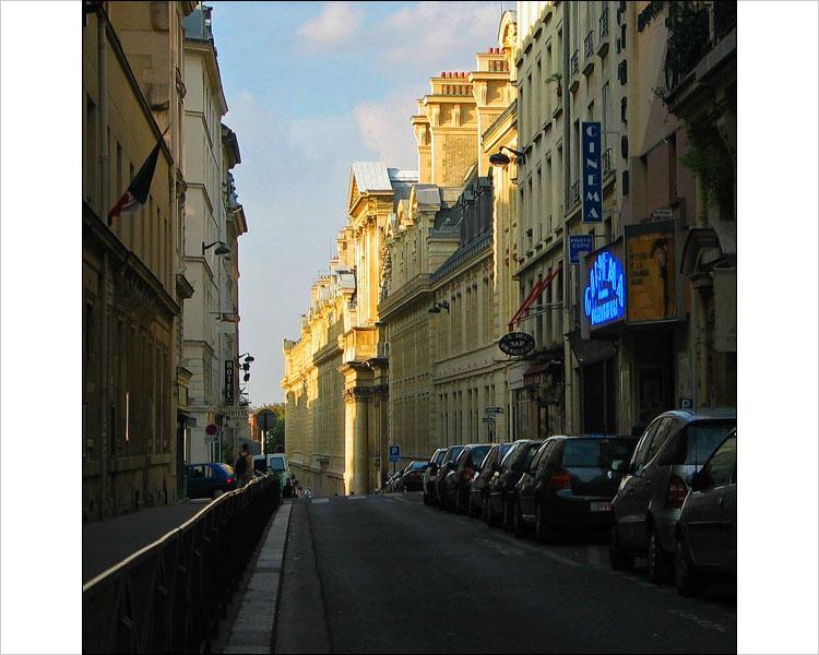 paris evening || canon G3 | 1/400 | f4 | ISO 50