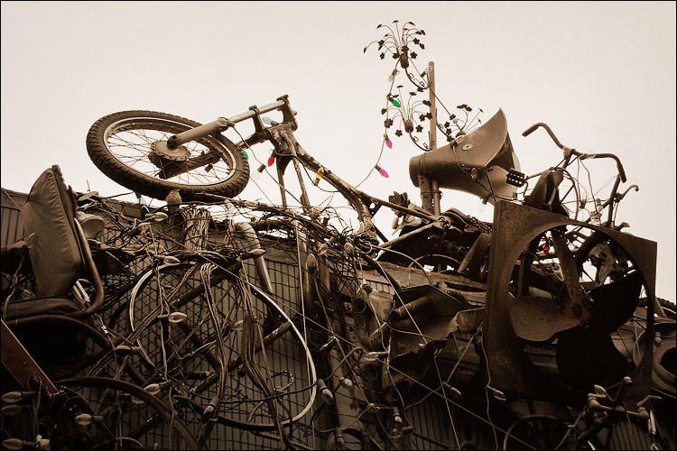 bikes, junk and coloured bulbs || canon 300d/kit lens | 1/60s | f5.6 | ISO 200