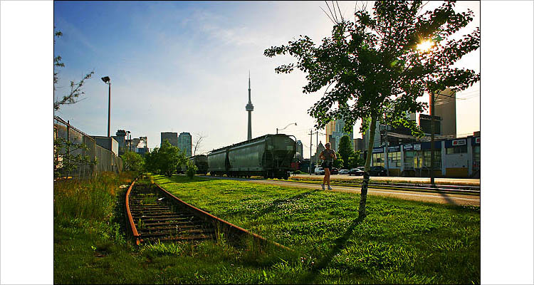 railroad and runner || canon 300d | 1/250s | f10 | ISO 100