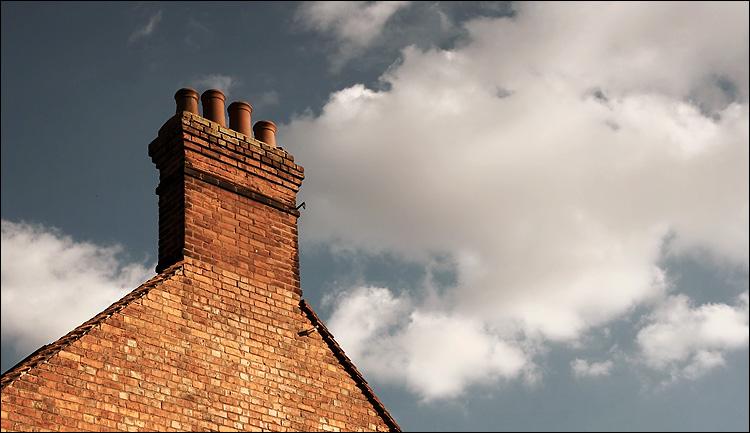 quad chimney || canon350d/ef17-40L@37 | 1/200s | f9 | iso100 | handheld